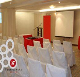 Es perfecto para todo tipo de conferencias, seminarios, talleres, ya sea para eventos de negocio o familiares.